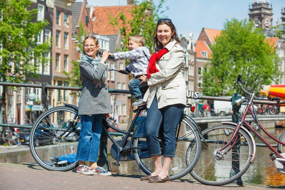 טיול אופניים משפחתי בהולנד